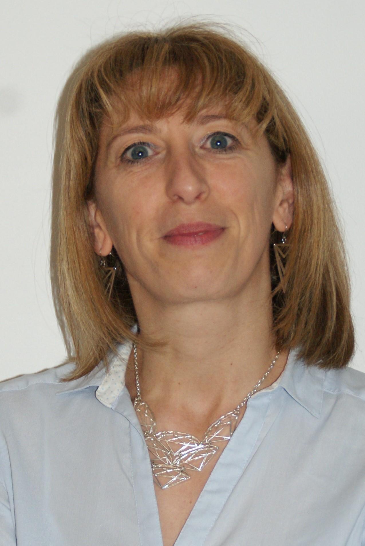 Nathalie DELOUBRIERE